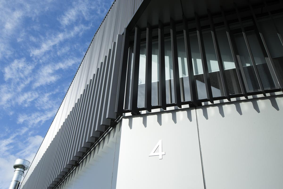 4 Nandina Ave, East Tamaki. Vertical louvres - ACMF Louvres and Screens.