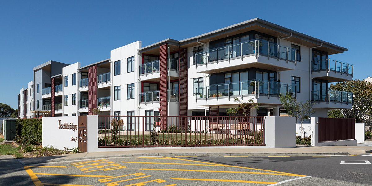 Northbridge is an operational Retirement Village, 45 Akoranga Drive, Northcote. ACMF supplied and installed louvres and external fence.